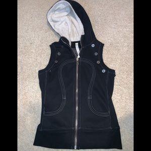 Lululemon special edition vest size 6